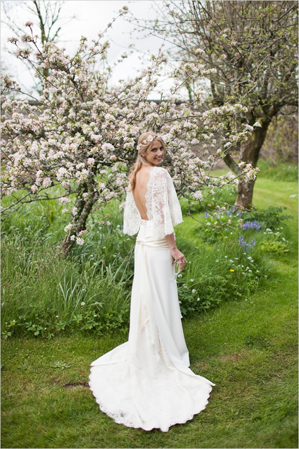 pretty wedding dress backs